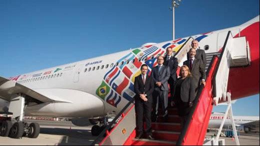Iberia presenta el avión conmemorativo de su 70º aniversario en América Latina