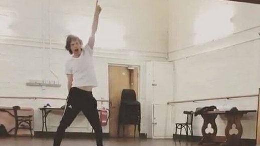 El impactante baile de Mick Jagger, de 75 años y tras ser operado de corazón