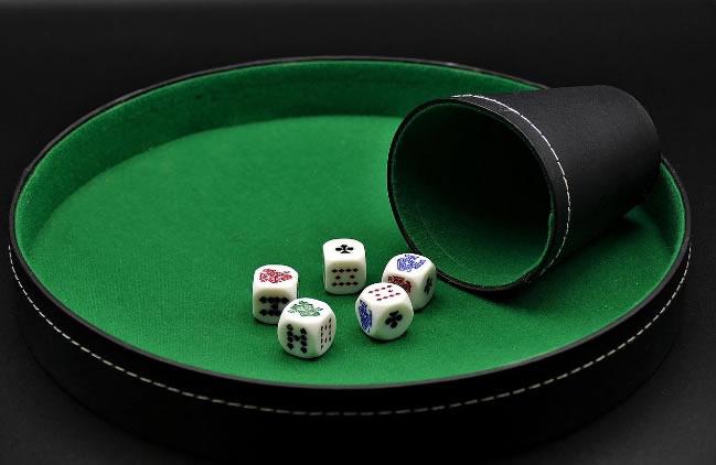 La larga historia de los juegos de azar en España