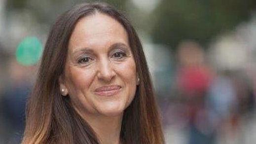Una dirigente socialista vasca explota contra Susana Díaz y Vara: