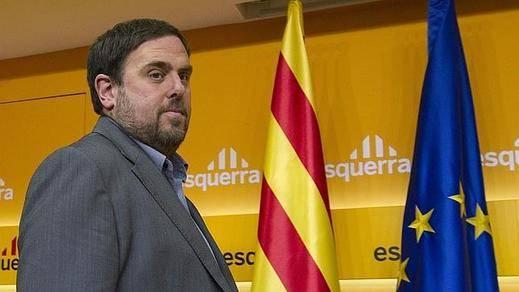 Junqueras pide a Colau que se 'moje' con la hoja de ruta soberanista si quiere su apoyo en Barcelona