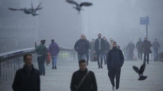 El confinamiento de Reino Unido deja a 56 millones de personas afectadas por el cierre y la crisis económica