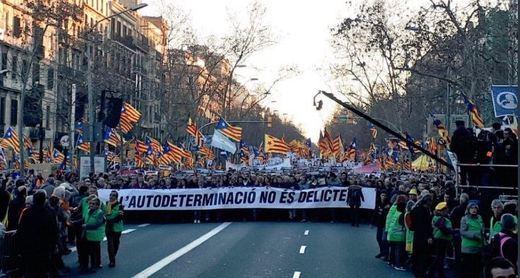 El independentismo saca músculo ante el juicio del procés y la alianza de las derechas