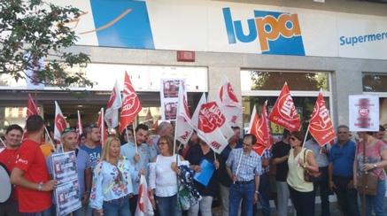 Si las cajas autocobro de Lupa 'implican la pérdida de un solo puesto de trabajo no descartamos una huelga'