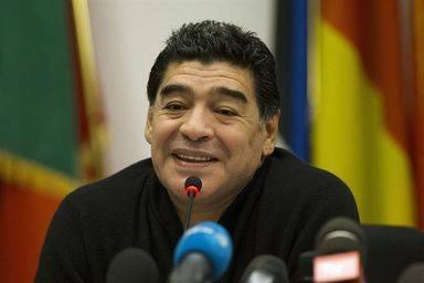 Ya es oficial: el eterno 'antififo' Maradona anuncia que será candidato a la presidencia de la FIFA