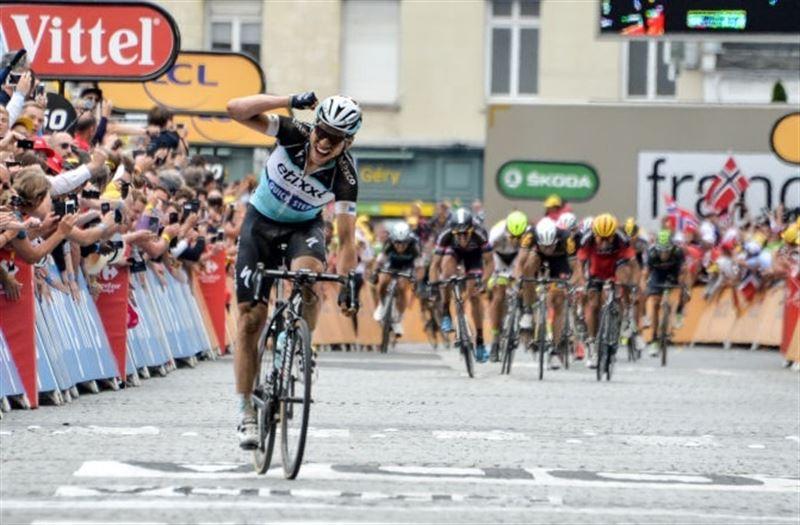 Tour de Francia: Tony Martin se impone en el pavés belga y se viste de amarillo
