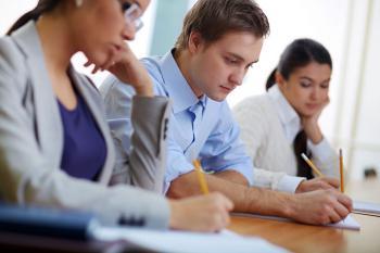 EAE lanza el Máster Internacional en Comunicación Corporativa, impartido con metodología Hybrid Learning