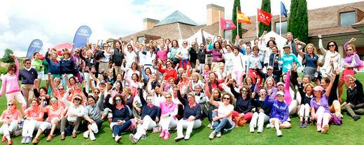 El Día Internacional de la mujer golfista refuerza el golf femenino en España