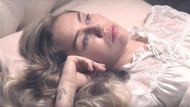Miley Cyrus estrena nuevo videoclip y ya se puede ver: 'Younger Now'