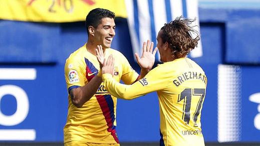 El Barça toma el liderato en Eibar (0-3) tras el tropiezo del Madrid en Mallorca (1-0)