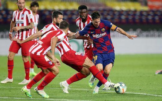 Mal día para el Barça: pierde la liga de baloncesto y casi se despide de la de fútbol