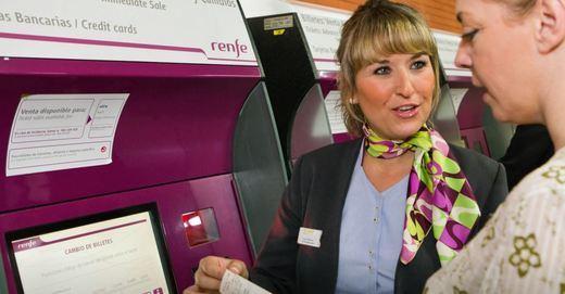Renfe organiza una exposición sobre el papel de la Mujer en el Ferrocarril con motivo del 8M