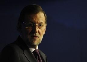 Rajoy asegura estar cumpliendo... ¡sus compromisos electorales!