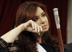 Cristina Fernández pretende hacer como Chávez y perpetuarse en el poder reformando la Constitución