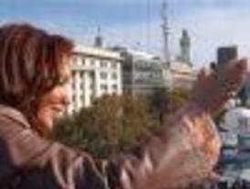 Mientras crece la imagen de Cristina cae la del gobierno