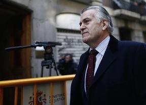 Bárcenas ficha ahora al abogado de los controladores aéreos, Francisco Maroto Granados,  como nuevo defensor