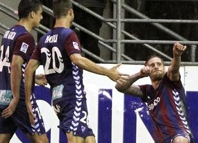 El Eibar, colista en presupuesto pero gigante en fútbol y entrega, se pasea en Primera: 'manita' al Almería (5-2)