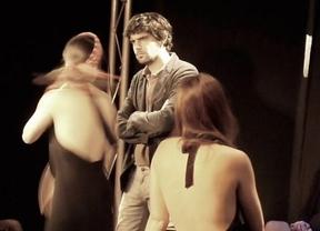Ironía, riesgo y 'Teatro', puro teatro dirigido por Sigfrid Monleón