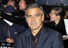George Clooney dirigirá una película sobre las escuchas ilegales de Reino Unido