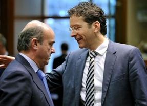 De Guindos cada vez más lejos de Europa: Dijsselbloem seguirá hasta verano de 2015 y cree que la presión de España no es buena