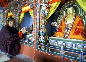 Cuidado con los tatuajes de Buda en Sri Lanka