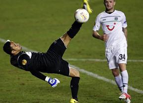 El Levante regala el primer tiempo y empata en el segundo ante un gran Hannover (2-2)
