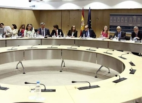 La Comunidad de Madrid presiona a Montoro: si no hay un cambio de financiación, no se lograrán los objetivos de déficit