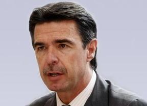 El ministro Soria atiza el fuego de los rescates autonómicos: Que los pidan