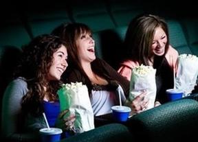 Un hombre demanda a un cine por el precio de las palomitas