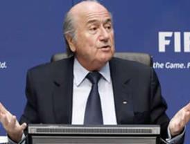 Pérez-Reverte condenado a pagar 80.000 euros por plagio
