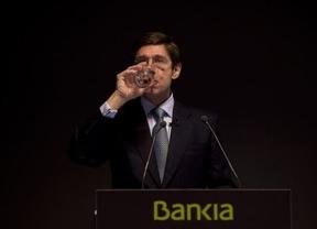 Las pérdidas de Bankia en su regreso a bolsa se relajan tras una apertura de infarto