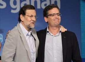 Rajoy arropa a Basagoiti ante el batacazo vasco y los rumores sobre su posible dimisión