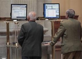 España sucumbe a las especulaciones y la prima de riesgo alcanza los 574 puntos