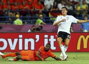 Eurocopa: 'Supermario' deja a Holanda en el alambre (1-2)