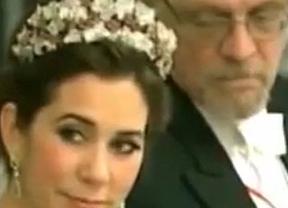 El marido de la presidenta de Finlandia no le quita ojo al escote de la heredera al trono