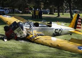 Harrison Ford, tras volar en las películas, se estrella con su avioneta aunque sólo queda magullado