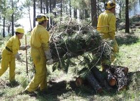 El día de la huelga, GEACAM ratifica el preacuerdo para recortar el servicio de incendios