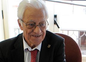 Padre Ángel, presidente de Mensajeros de la Paz: