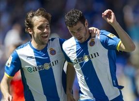 El Espanyol aplasta al Valencia y se reengancha a Europa (4-0)