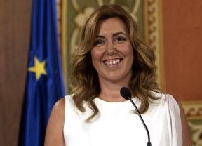 La presidenta de Andalucía pide en Diariocrítico una reforma de la Constitución para