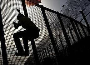 El drama de la inmigración se multiplica: 800 personas trataron de alcanzar Melilla sin lograrlo