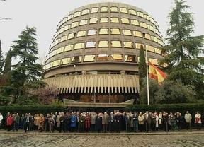 Cuatro cambios en el Tribunal Constitucional garantizarán a Rajoy una mayoría conservadora para analizar sus políticas clave