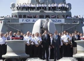 Rajoy en Yibuti: la felicitación sorpresa del presidente a los militares que luchan contra la piratería en el Índico