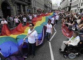 El Constitucional tumba un requisito 'homófobo' para cobrar la pensión de viudedad