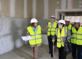 Las asociaciones de vecinos de Toledo visitan las obras del nuevo hospital y piden que no se