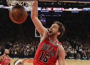 Otra gran actuación de Pau no impide la tercera derrota consecutiva de 'sus' Bulls, que caen ante los Rockets (101-90)