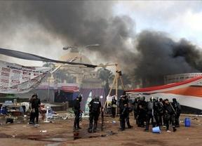 Estado de Emergencia en Egipto: 149 muertos y más de 1.400 heridos tras los enfrentamientos entre opositores y el ejército