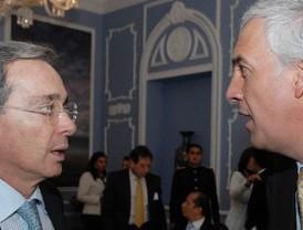 Santander y BBVA llevan al Ibex a un nuevo máximo anual