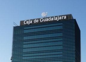 La marca 39 caja de guadalajara 39 permanecer en la regi n for Oficinas la caixa burgos