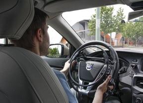 Un guante inalámbrico permite a los conductores con paraplejia más movilidad al volante